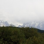 Grand Teton: vuoria ja biisoneita sadesäässä