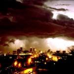 Jokailtainen ukkosemme, jokakesäinen tornadomme