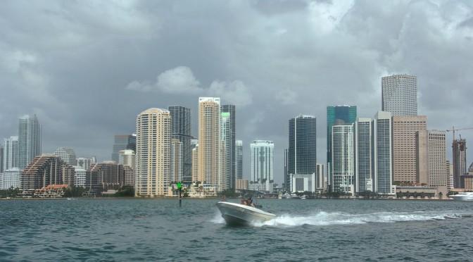 Muskeliveneellä Miamissa